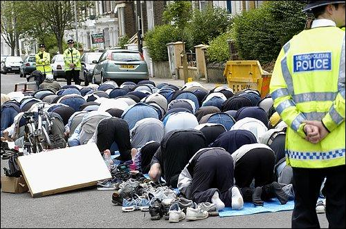 Pray on streets of England